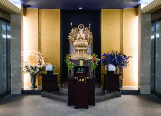 法要室・客殿・参拝室 大仏の写真